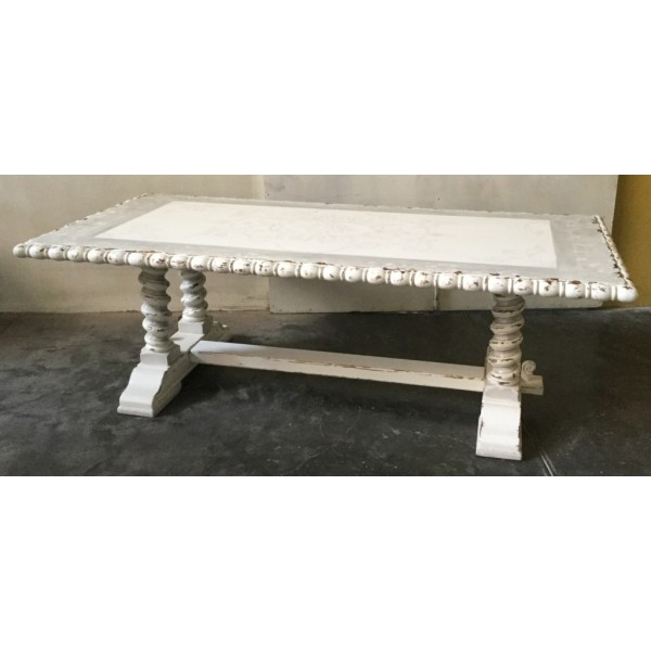 Cabo Blanco Dining Table